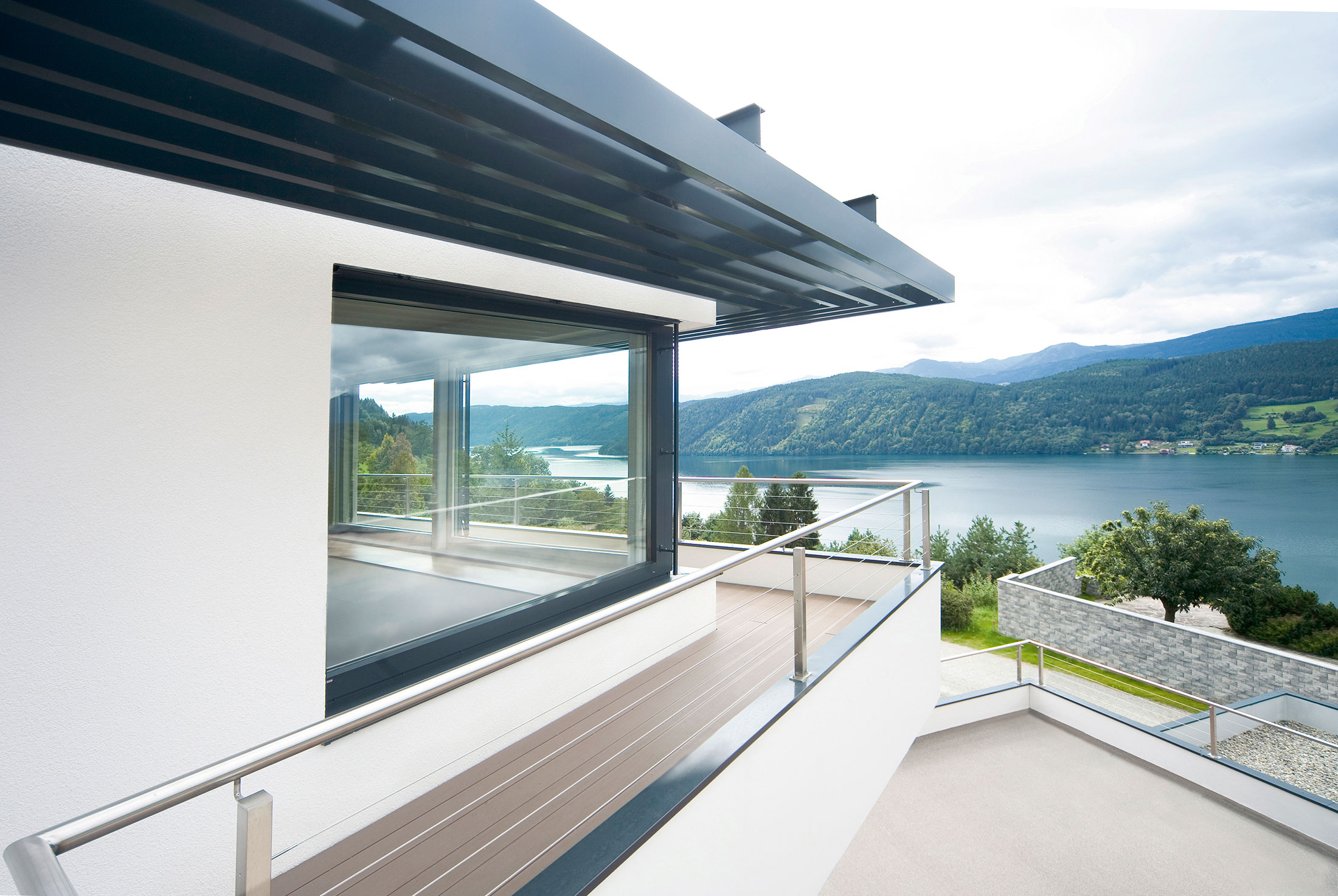 Internorm composite windows high performance energy for Low energy windows